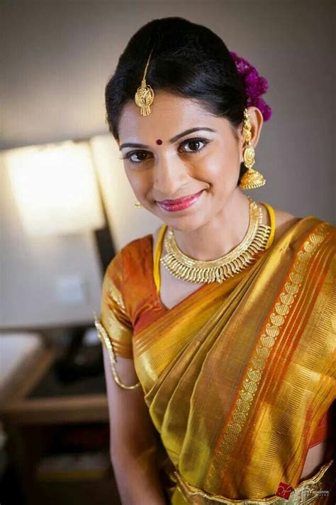 hairstyles in nauvari saree bridal hairstyle for nauvari saree sarees origin