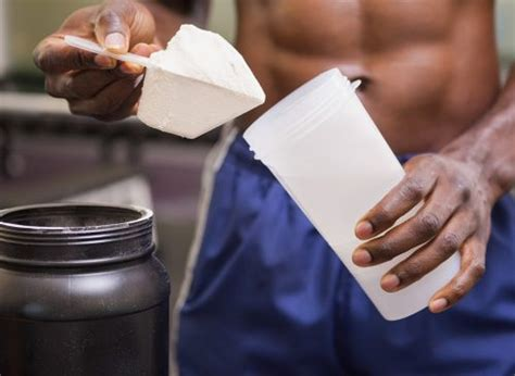 should i drink a protein shake before bed 26 complete proteins to lose weight and build muscle eat