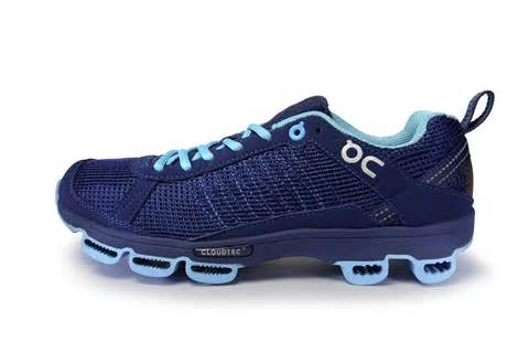 running on the shoes review on running cloud runners going the distance