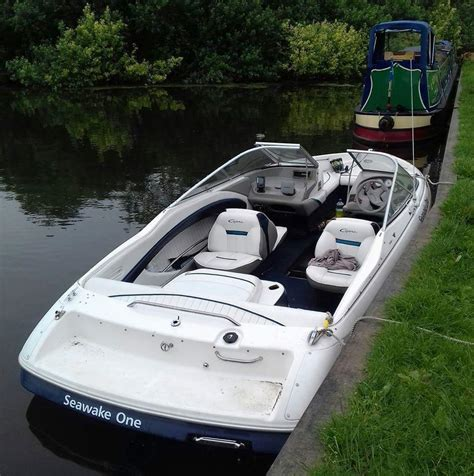 bowrider speed boats for sale uk bayliner capri 2050 bowrider speed boat 163 5 750 00