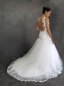 robe de mariã e dentelle dos nu robe de mariee sur mesure pour samira dentelle de calais avec un grand dos nu robes de mari 233 es