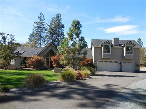 listing 112 palomino grants pass or mls 2959775