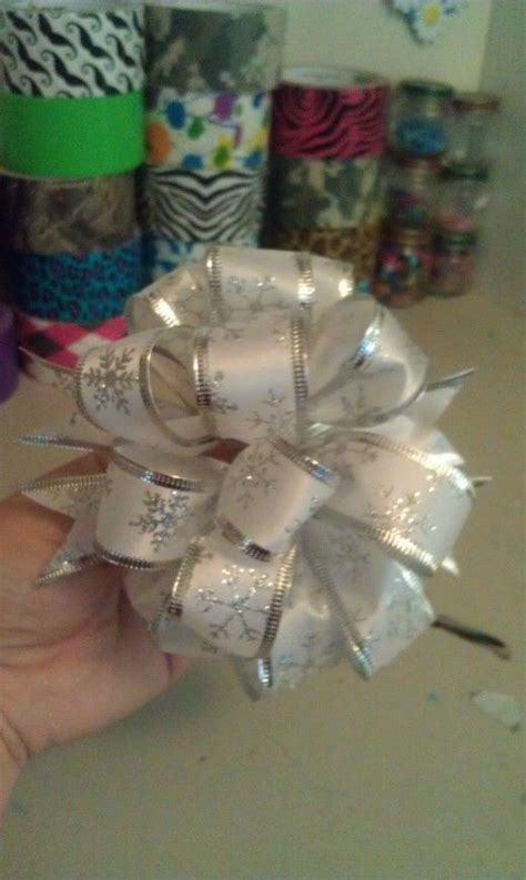 how to make bows for top of christmas tree diy for my honeys place