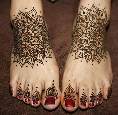 henna design leaves 10 black mehndi designs that will never go out of fashion