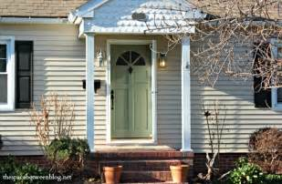 How To Paint A Front Door Without Removing It Painting Door Knobs Without Removing Them