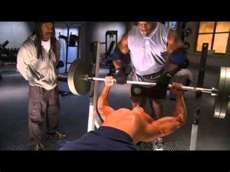 powerlifting videos bench press difference between bodybuilding and powerlifting bench