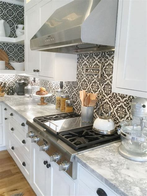 home depot kitchen backsplashes best 25 home depot backsplash ideas on home depot kitchen kitchen island cabinets