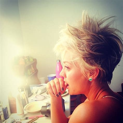does penny like her short hair cut kaley cuoco cuts hair twitter hate instagram photos