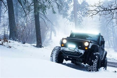 jeep wrangler snow snow jeep love the lights pinterest jeep club