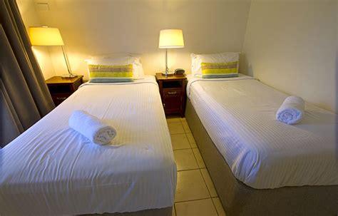 2 bedroom apartments port douglas two bedroom port douglas apartments central plaza port douglas