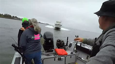 fishing boat accident on columbia river columbia river crash caught on video passagemaker