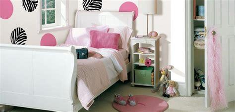 arredare casa economicamente come arredare la da letto di una ragazza