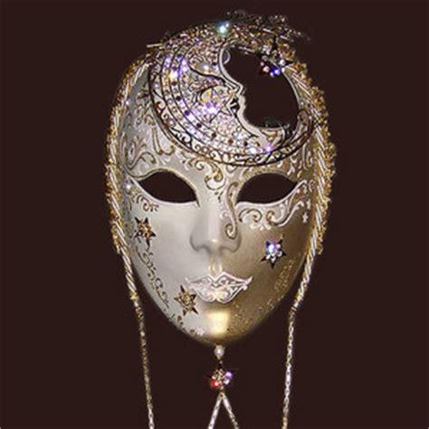 Moon Mask luxury mask volto