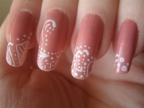nails with pattern nail swirl designs