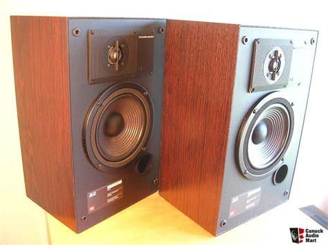 Speaker Jbl Usa jbl 62 bookshelf speakers rosewood finish made in usa photo 148453 canuck audio mart