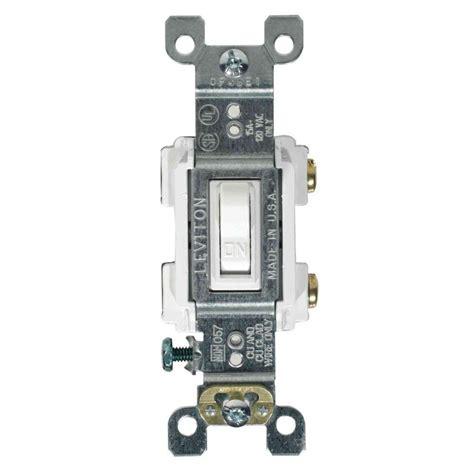 leviton decora 15 illuminated switch white r72 05611