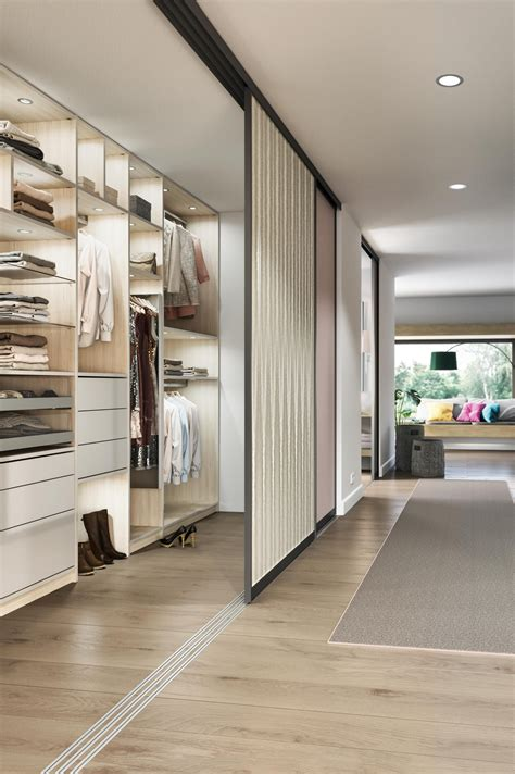 schlafzimmer ideen mit ankleide einbauschr 228 nke nach ma 223 begehbare kleiderschr 228 nke in