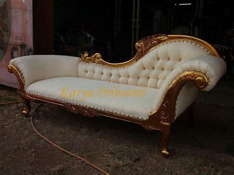 Sofa Lois Bunga sofa lois emas