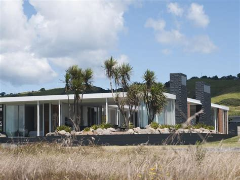 beach house plans nz single level beach house in new zealand idesignarch interior design architecture