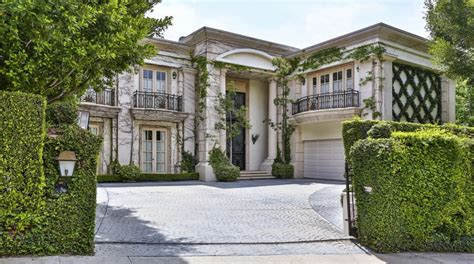 neoclassical style homes 12 million neoclassical mansion in beverly ca homes of the rich