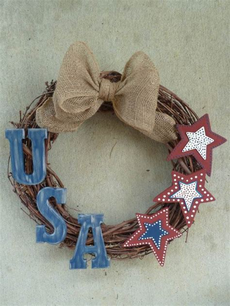 cool wreaths for memorial or labor day family holiday