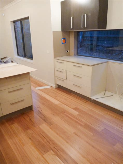 Kitchen Laminate Floor - day 215 timber floors goes in our nolan metricon blog