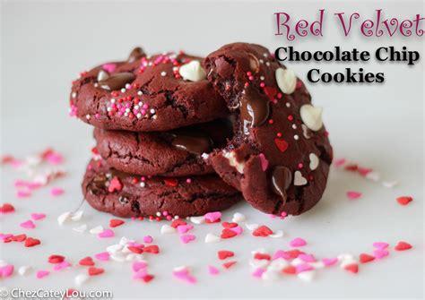 velvet cookies for s day velvet chocolate chip cookies chez cateylou