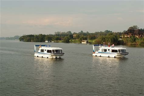house boat on the vaal book now for old willow no 7 houseboat charters