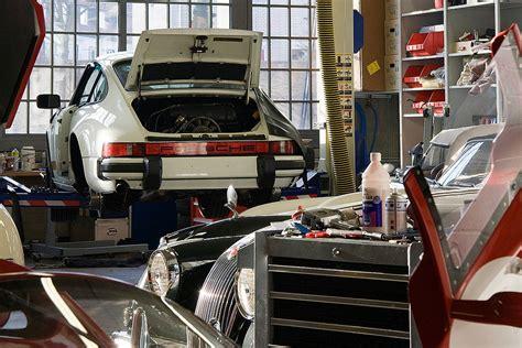 werkstatt oldtimer werkstatt ii foto bild autos zweir 228 der oldtimer