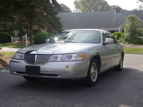 how cars run 1998 lincoln town car user handbook purchase used 1998 lincoln town car cartier in chatham massachusetts united states