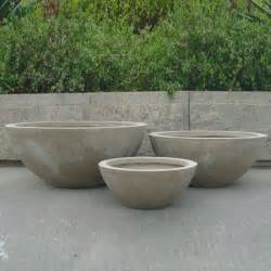 this set of 3 modern garden pots are crafted using the new