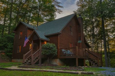 Cabins In Ellijay by Ga Cabin Rentals River Whisper