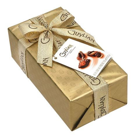 chocolate gift wrap sea shells original pralin 233 gift wrapped ballotin 250g