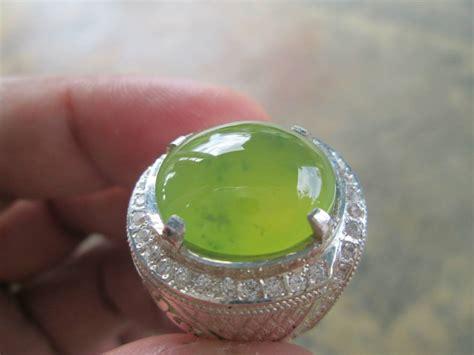 Batu Akik Sungai Dareh 10 jenis batu akik warna hijau yang paling populer