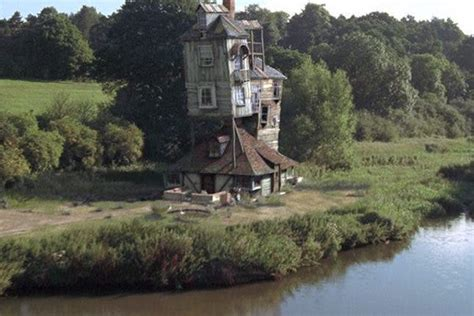 what house would i be in in harry potter you can now live in harry potter s childhood home brit co