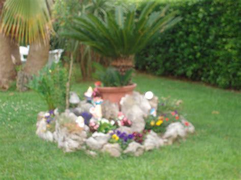 aiuole da giardino con sassi verde bongo colui che semina un giardino semina la