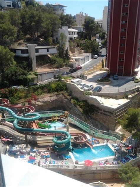 Magic Rock Gardens Hotel Benidorm Toboganes Picture Of Magic Aqua Rock Gardens Benidorm Tripadvisor