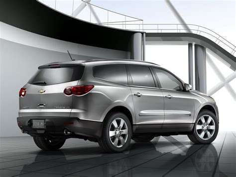 chevrolet crossover 2012 chevrolet traverse price photos reviews features