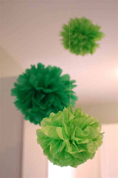 How To Make Pom Poms Tissue Paper - how to make tissue pom poms decorating home garden auto