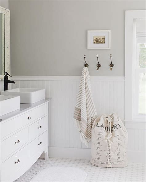 wainscoting ideas bathroom 17 best ideas about wainscoting bathroom on bead board bathroom neutral bathroom