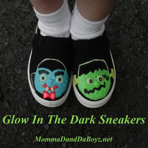 glow in the paint shoes glow in the shoes