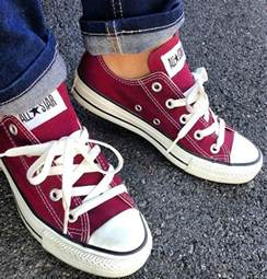 maroon color shoes 25 best ideas about maroon converse on