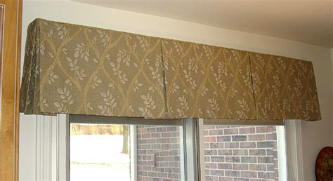 Box Pleat Valance Box Pleated Valance 187 Susan S Designs