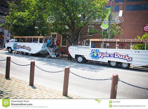 philadelphia duck boat philadelphia duck boat tours redactionele stock