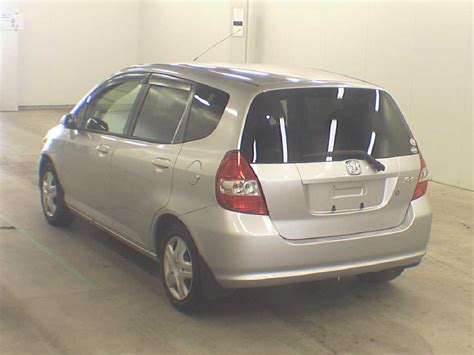 автомобиль на разбор honda fit gd1 l13a 2002 года