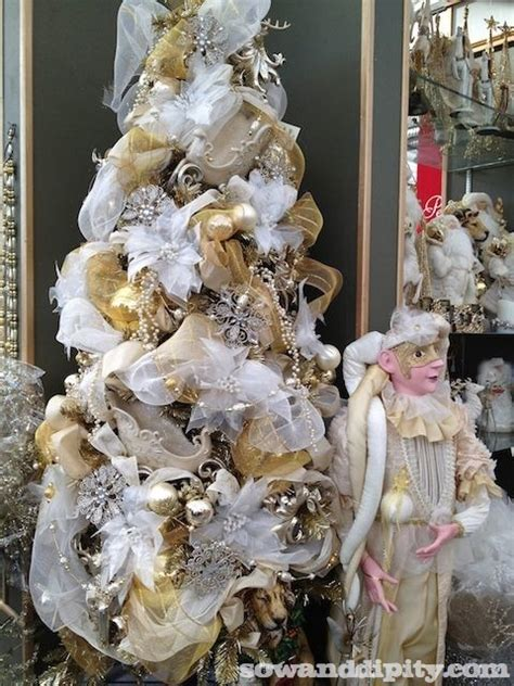 white and gold christmas tree sow dipity