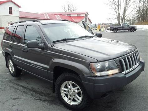 sell used 2004 jeep grand laredo sport utility 4