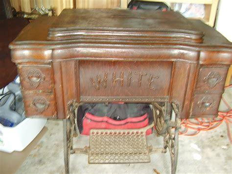 1909 White Treadle Sewing Machine