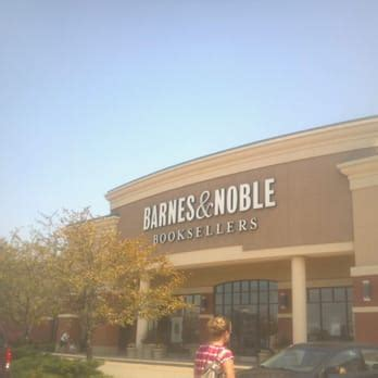Where Do They Sell Barnes And Noble Gift Cards - barnes noble bookstore bookshops noblesville in united states reviews