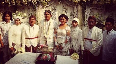 Resmi Teh Kotak resmi menikah tantri kotak kebanjiran ucapan selamat kabar berita artikel gossip